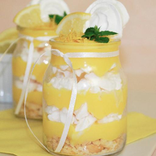 Postre lemon en frasco
